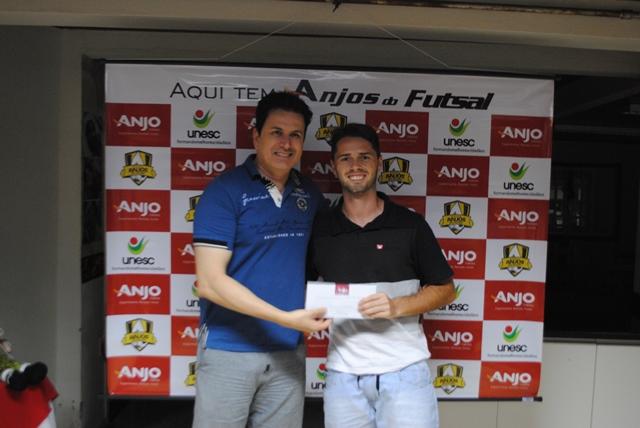 Professor de São João do Sul ficou em 4° lugar na pontuação geral do Anjos do Futsal.