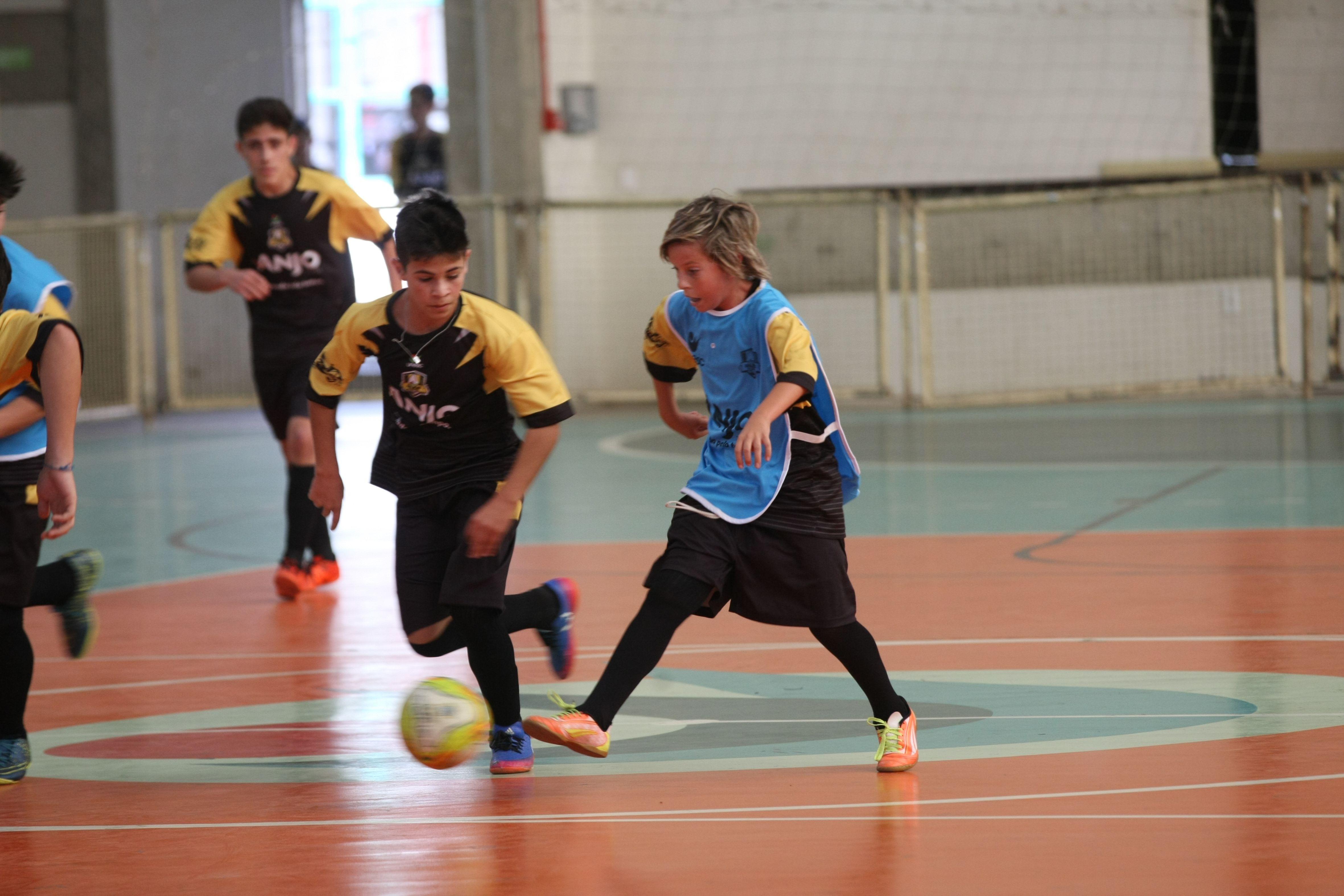 Começa a entrega dos uniformes do Anjos do Futsal - Anjos do ... ccdc577818a9f